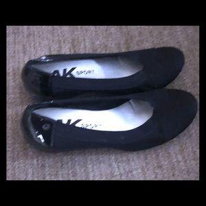 Anne Klein black wedge heels
